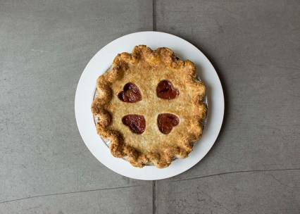 Strawberry_rhubarb_pie-Tarte_aux_fraises_et_rhubarbe_Rustique