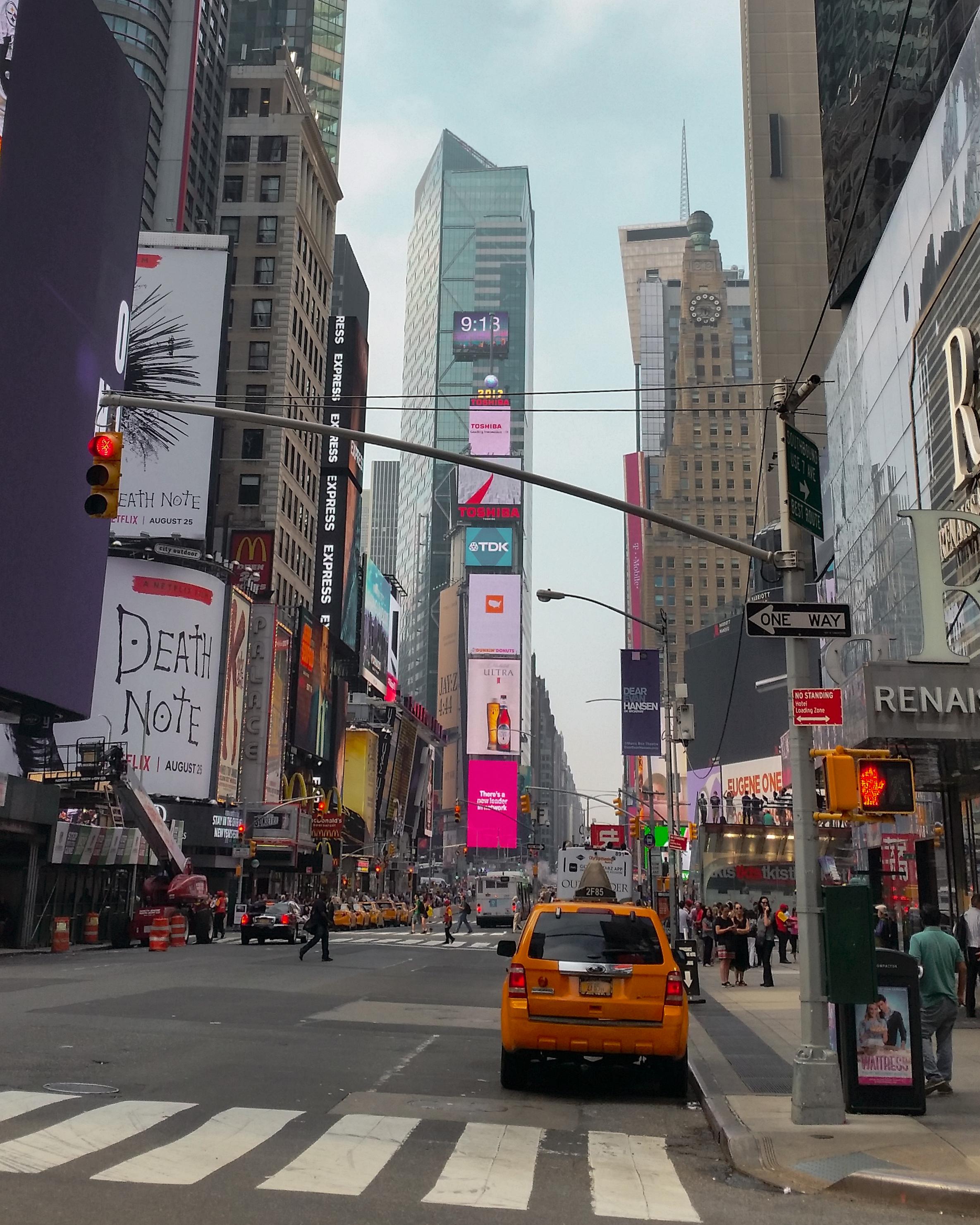 Arrivée à Time Square lors de mon voyage à New York